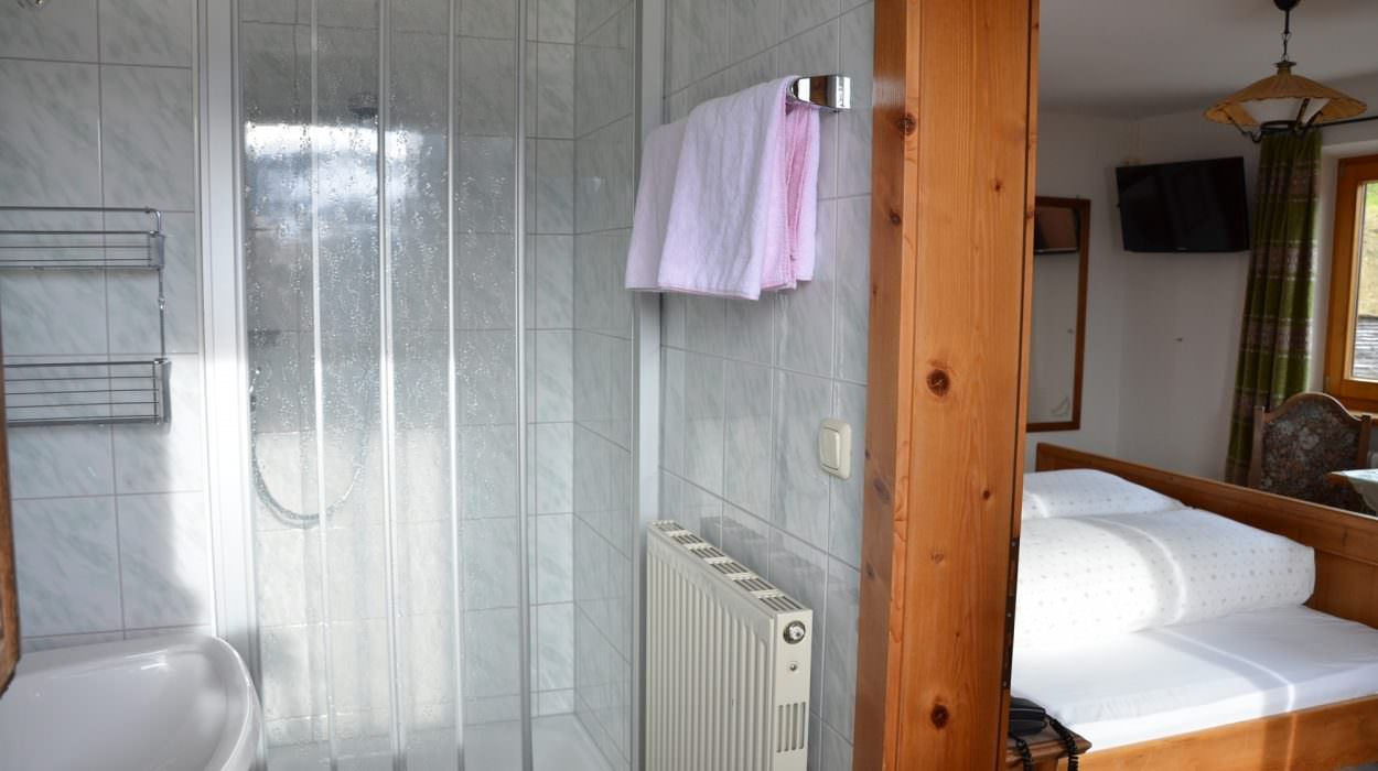 Zimmer 145